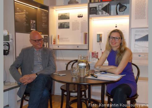 Prof. Dr. Weinberg und Markéta Balcarová im Gespräch